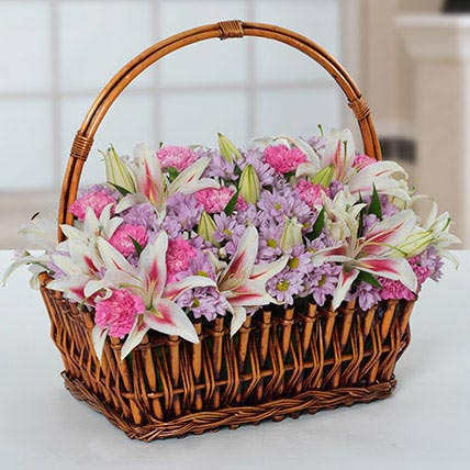 Attractive Flowers Basket: Floral Basket For Birthday