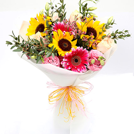 Harmonic Roses and Suflower Mixed Bouquet: Flowers For Birthday
