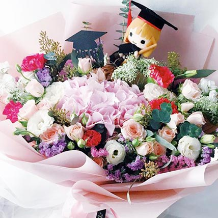 Splendid Flower Bouquet With Teddy: Graduation Gifts