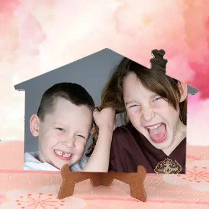 Appealing Personalized Photo Frame: Unusual Gifts