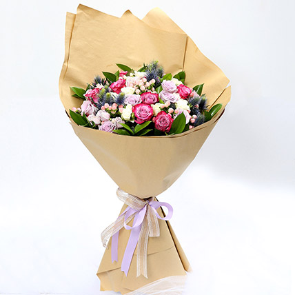 Exotic Roses and Hypericum Mixed Bouquet: Birthday Gifts For Him