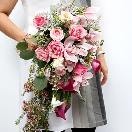 Mixed Roses and Calla Lilies Bouquet: Flowers for Bride