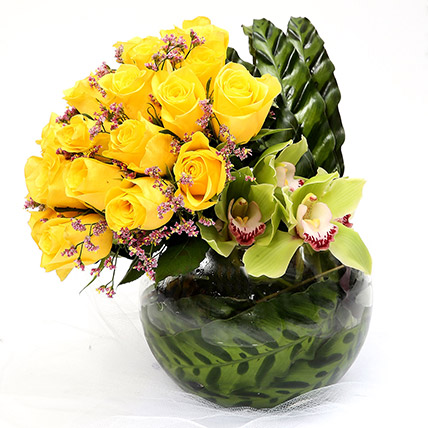 Sunshine 20 Yellow Roses Vase Arrangement: Miss You Flowers