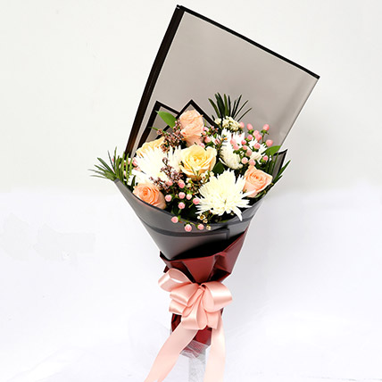 Symphonious Roses and Delistar Mixed Bouquet: Flowers For Teachers Day