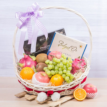 Chocolatey Fruity Pack: Wellness Hampers Singapore