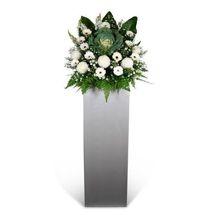 Loving Memory Stand: Gift Ideas