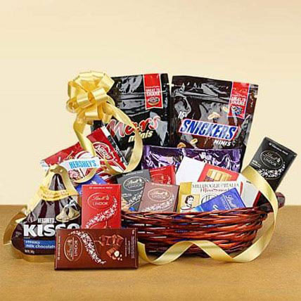 Galore of Happiness: Birthday Hampers