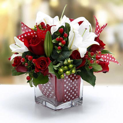 Night Before Christmas Bouquet: Lilies