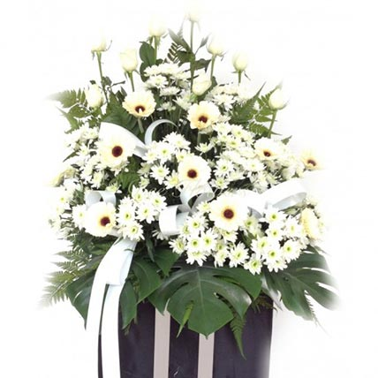 Elegant White Bouquet: Flowers for Sympathy and Funeral