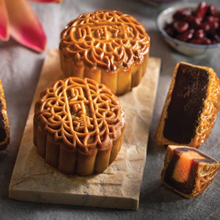 Set Of Red Bean Mooncakes: Mooncakes