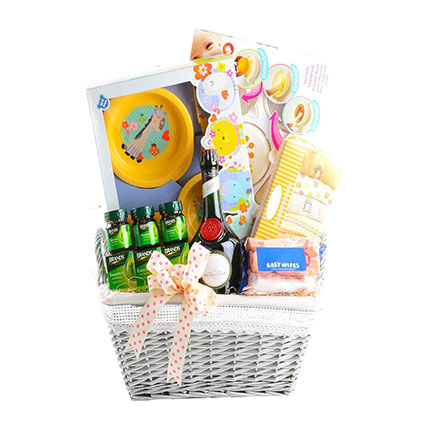 Adorable Baby Hamper: New Baby Gifts