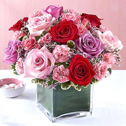 Bright Roses Vase: Flower Arrangements For Birthday