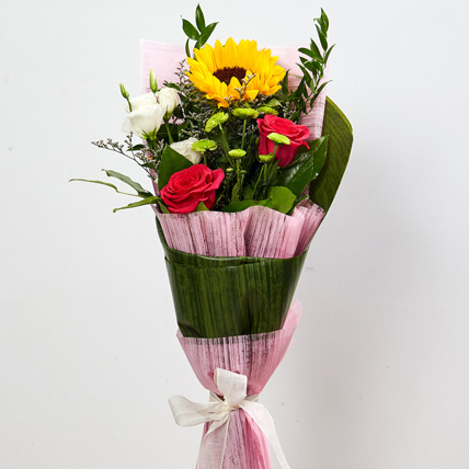 Splendid Mixed Flowers Bouquet: Birthday Flower Bouquets