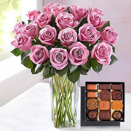 Royal Roses and Chocolates: Purple Flower Bouquet