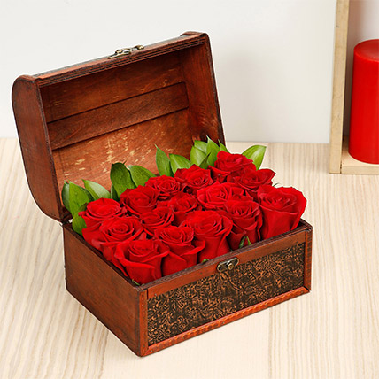 Treasured Roses: For Girlfriend