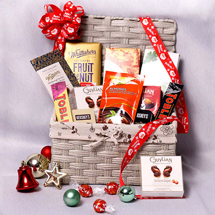 Delicious Basket Hamper: New Year Gifts