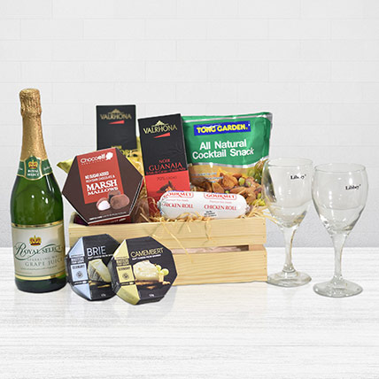 Sparkling Juice Gift Basket: Christmas Hampers