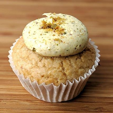 Pistachio Filling Vegan Vanilla Cupcakes: Cupcakes Singapore