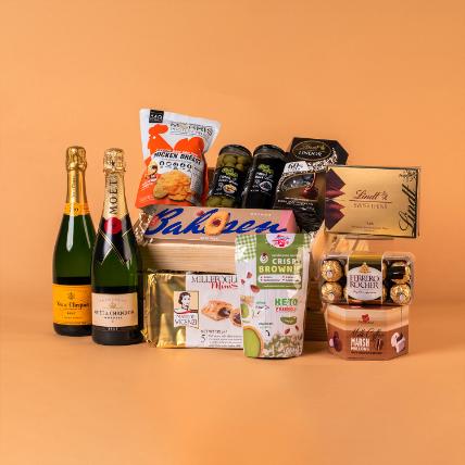 Flavoursome Champagne N Chocolate Hamper: Premium Gifts
