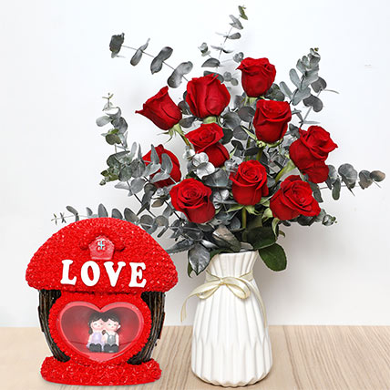 Red Roses Ceramic Pot  and Couple Idol: Valentine's Day Flowers