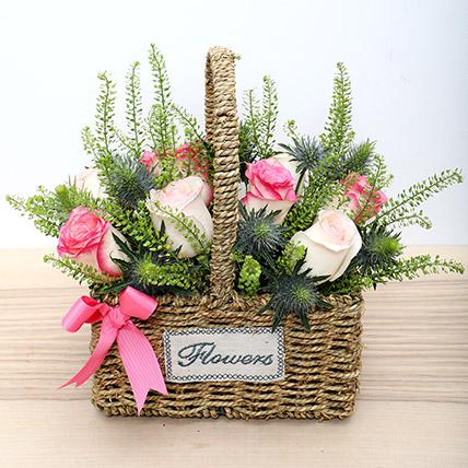 Basket Arrangement Of Roses: Basket Arrangements