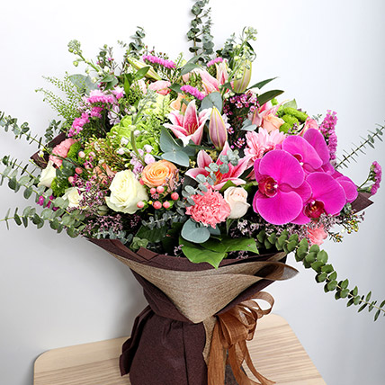 Vibrant Mixed Flower Bouquet: Bunch of Flowers