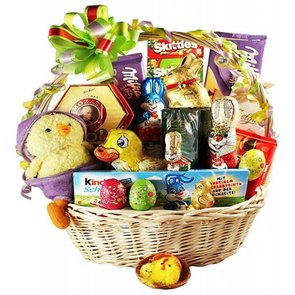 Deluxe Easter Snacks Basket: Easter Gifts