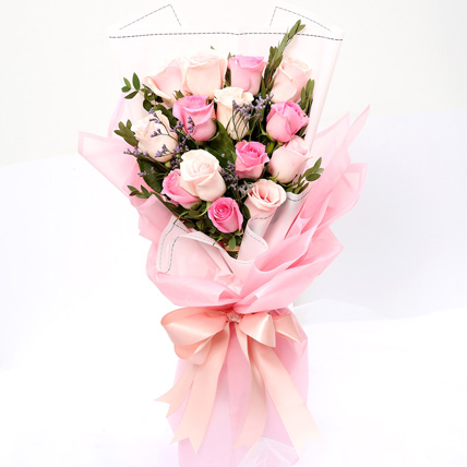 Dreamy Mixed Roses Bouquet: Mothers Day Gifts