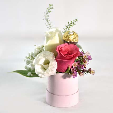 Pink Roses With Rocher: Best Housewarming Gifts