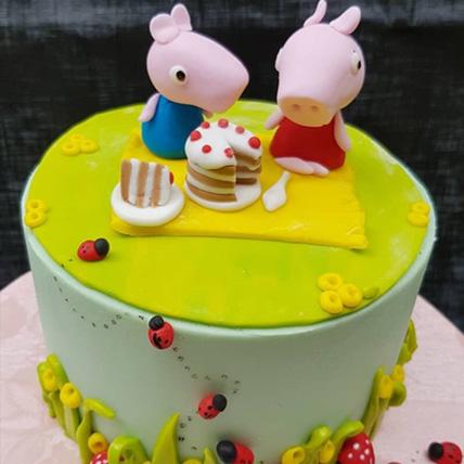 Peppa Pig Cake: Red Velvet Cakes