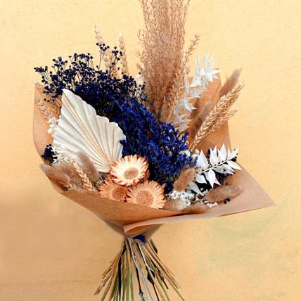 Navy And Neutral Dried Flower Bouquet: Dried Flowers