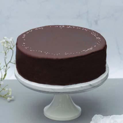 Rich Chocolate Rainbow Cake: Rainbow Cakes