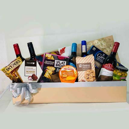 Exotic Wine N Snacks Gift Hamper: