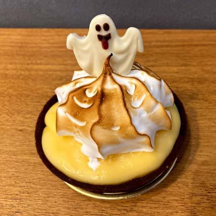 Spooky Citrus Meringue Tart: Halloween Gifts