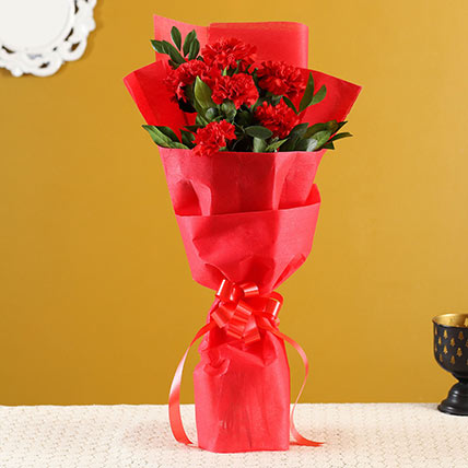 Captivating Red Carnations Bunch: Red Bouquets