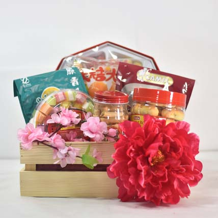 Crazy New Year Gift Treat Basket: CNY Gift Hampers