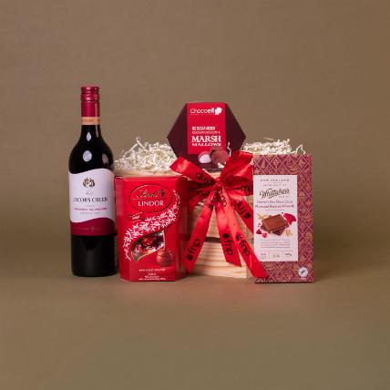 Sparkling Chardonnay Gift Hamper: