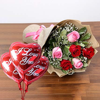 Sweet Roses Bunch With I Love You Balloon: Flowers And Balloons Arrangements
