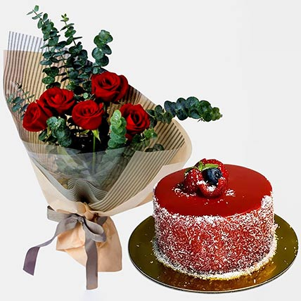 5 Love Red Roses Bouquet With Mini Cheese Cake: Cake Delivery on Same Day