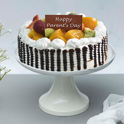 Chantilly Fruit Cake For Parents Day: Gifts for Parents