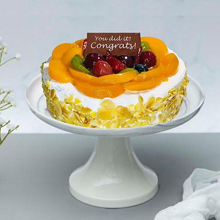 Fruit Cake For Graduation Day: Graduation Cakes