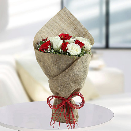 White Roses N Red Roses Bunch: National Day Gifts