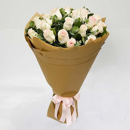 20 Peach Roses Bouquet
