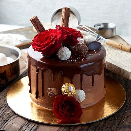 Ferrero Rocher Cake 1.5 Kg