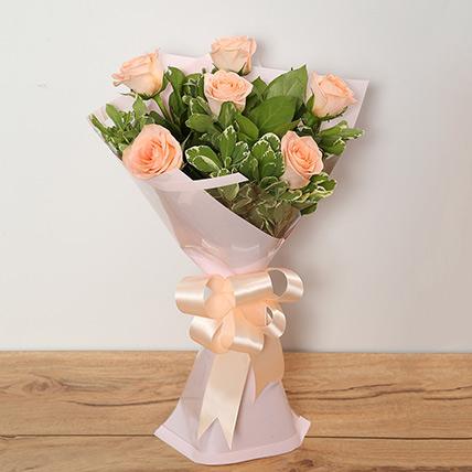Bouquet Of Peach Roses EG