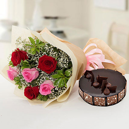 Beautiful Roses Bouquet With Chocolate Cake JD