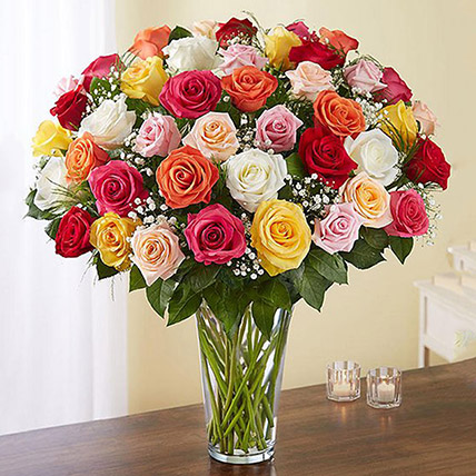 Bunch of 50 Assorted Roses In Glass Vase