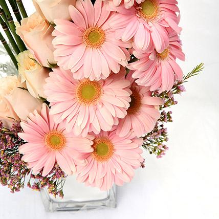 Heartfelt Mixed Roses and Gerbera Arrangement