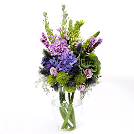 Roses and Hydrangea Mixed Flowers In Vase