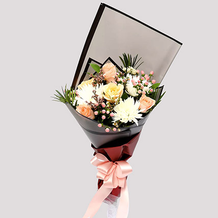 Delicate Rose Bouquet and Greeting Card